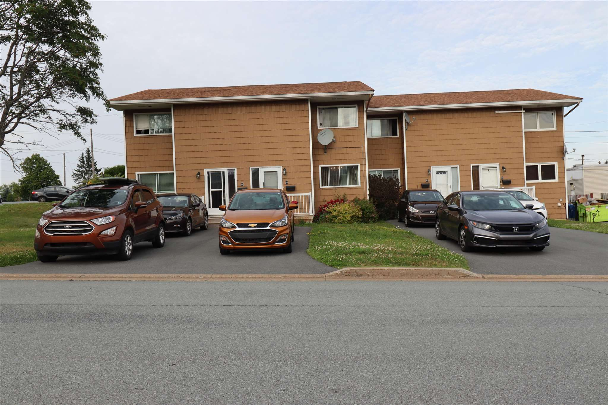 Main Photo: 1 B Perron in Cole Harbour: 15-Forest Hills Residential for sale (Halifax-Dartmouth)  : MLS®# 202118571