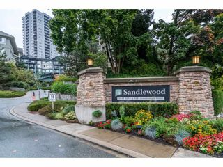 "Photo 2: 302 9233 GOVERNMENT Street in Burnaby: Government Road Condo for sale in ""SANDLEWOOD"" (Burnaby North)  : MLS®# R2213134"