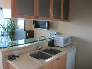 Photo 5: 705 1003 BURNABY Street in Vancouver: West End VW Condo for sale (Vancouver West)  : MLS®# V859703