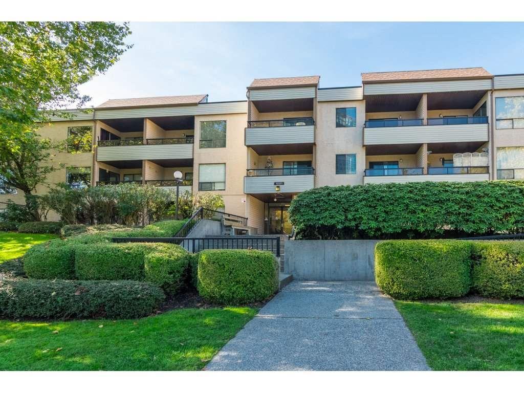 Main Photo: 211 10221 133A Street in Surrey: Whalley Condo for sale (North Surrey)  : MLS®# R2315771