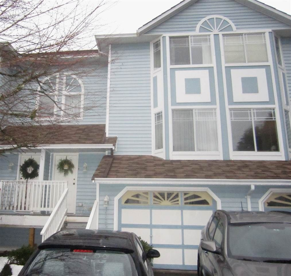 """Main Photo: 23 15550 89 Avenue in Surrey: Fleetwood Tynehead Townhouse for sale in """"Barkerville"""" : MLS®# R2130619"""