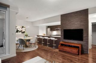 Photo 3: 807 522 W 8TH AVENUE in Vancouver: Fairview VW Condo for sale (Vancouver West)  : MLS®# R2595906
