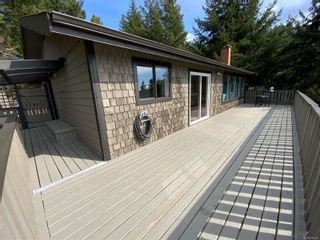 Photo 16: 3703 Signal Hill Rd in : GI Pender Island House for sale (Gulf Islands)  : MLS®# 870335