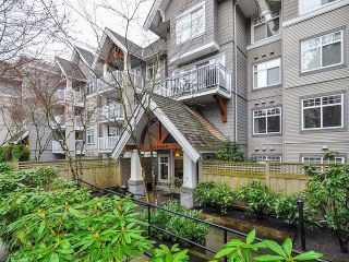 Photo 2: 213 1420 PARKWAY Boulevard in Coquitlam: Westwood Plateau Condo for sale : MLS®# V1054889