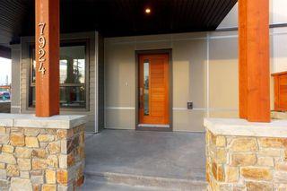 Photo 3: 7950 Lochside Dr in Central Saanich: CS Turgoose Half Duplex for sale : MLS®# 830566