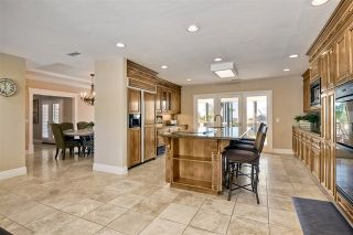 Photo 8: 3437 Highland Drive in Carlsbad: Residential for sale (92008 - Carlsbad)  : MLS®# 190017374
