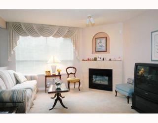 """Photo 2: 41 22488 116TH Avenue in Maple Ridge: East Central Townhouse for sale in """"RICHMOND HILL ESTATES"""" : MLS®# V799040"""