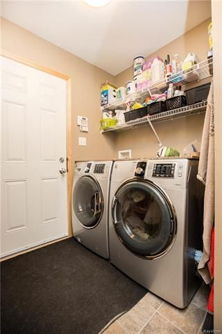Photo 16: 46 Haverhill Crescent in Winnipeg: Royalwood Residential for sale (2J)  : MLS®# 1818965