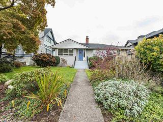 """Photo 2: 4015 W 28TH Avenue in Vancouver: Dunbar House for sale in """"DUNBAR"""" (Vancouver West)  : MLS®# R2571774"""