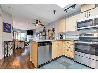 """Photo 3: 325 332 LONSDALE Avenue in North Vancouver: Lower Lonsdale Condo for sale in """"Calypso"""" : MLS®# R2625406"""