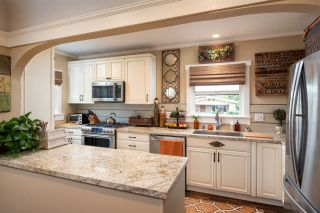 Photo 1: MISSION HILLS House for sale : 5 bedrooms : 3786 Pioneer Place in San Diego