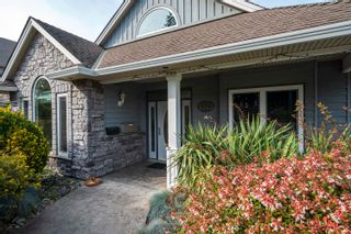 Photo 4: 5543 GROVE Avenue in Delta: Hawthorne House for sale (Ladner)  : MLS®# R2617603