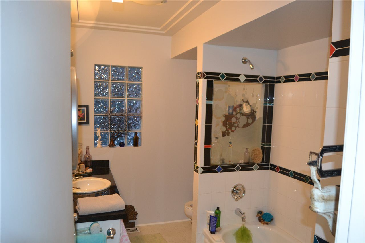 Photo 7: Photos: 3119 WILLOUGHBY AVENUE in Burnaby: Sullivan Heights House for sale (Burnaby North)  : MLS®# R2429126