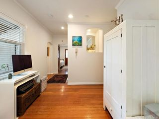 Photo 10: 103 1060 Southgate St in Victoria: Vi Fairfield West Condo for sale : MLS®# 844244