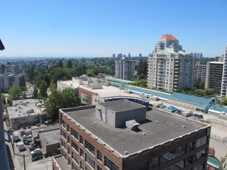 "Photo 12: 1505 615 BELMONT Street in New Westminster: Uptown NW Condo for sale in ""BELMONT TOWERS"" : MLS®# R2185460"