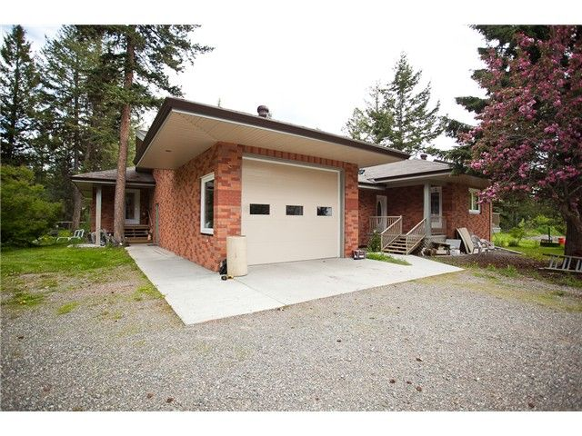 Main Photo: 2942 KENGIN Road: 150 Mile House House for sale (Williams Lake (Zone 27))  : MLS®# N236828