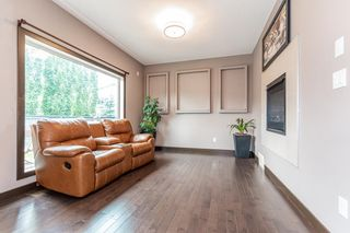 Photo 6: 5246 MULLEN Crest in Edmonton: Zone 14 Attached Home for sale : MLS®# E4255737