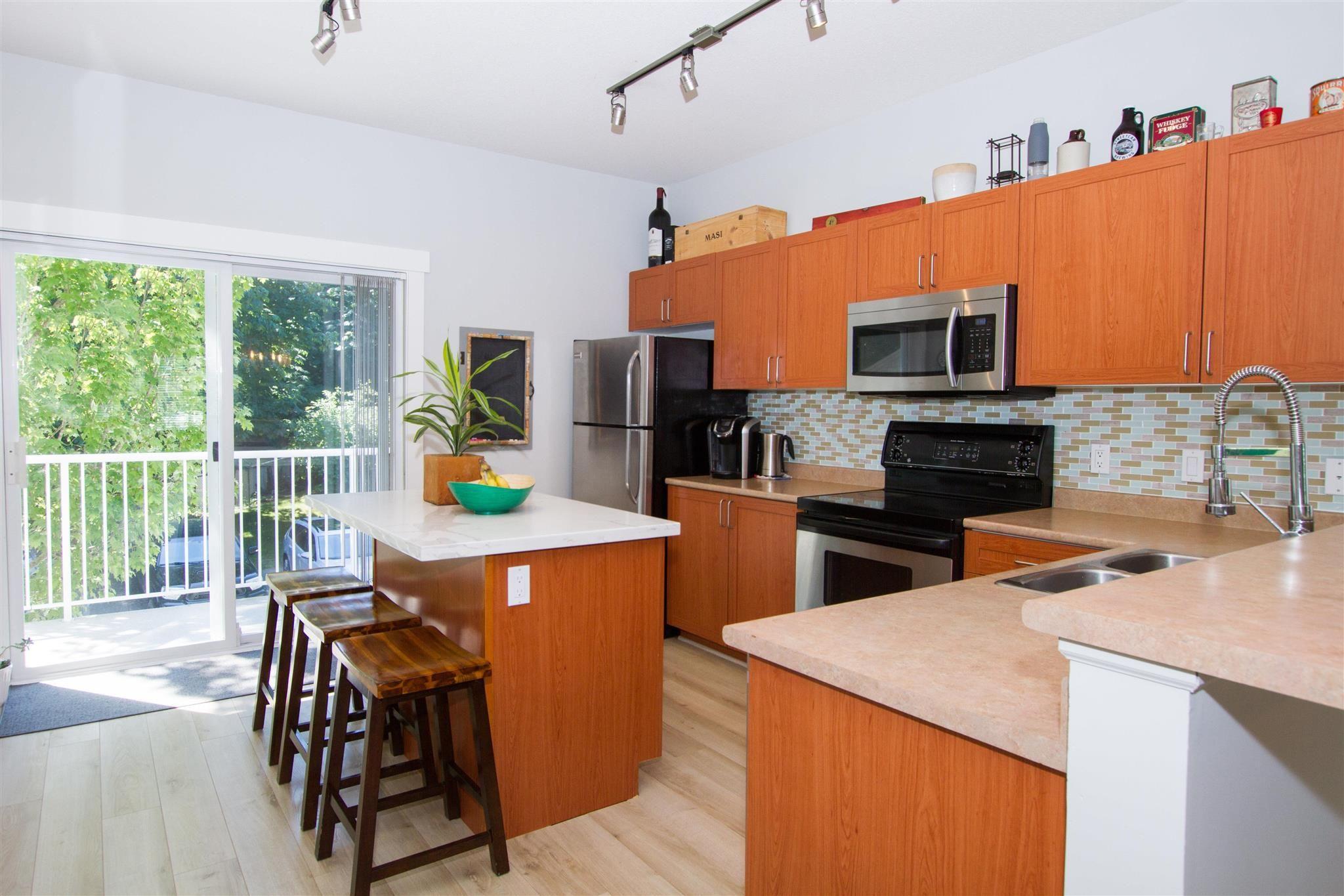 """Photo 13: Photos: 11 1800 MAMQUAM Road in Squamish: Garibaldi Estates Townhouse for sale in """"Virescence"""" : MLS®# R2597844"""