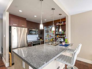 """Photo 6: 1006 2959 GLEN Drive in Coquitlam: North Coquitlam Condo for sale in """"THE PARC"""" : MLS®# R2228187"""