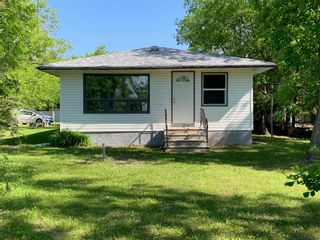 Photo 5: 249 Ash Avenue: Winnipeg Beach Residential for sale (R26)  : MLS®# 202011667