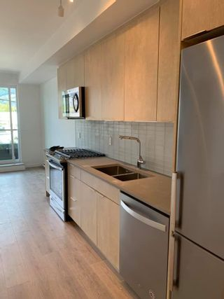 """Photo 5: 203 38165 CLEVELAND Avenue in Squamish: Downtown SQ Condo for sale in """"CLEVELAND GARDENS"""" : MLS®# R2571075"""