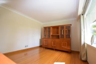 Photo 4: 325 Greene Avenue in Winnipeg: East Kildonan Residential for sale (3D)  : MLS®# 202023383