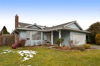 Photo 1: 1927 140A STREET in Surrey: Sunnyside Park Surrey House for sale (South Surrey White Rock)  : MLS®# R2342324