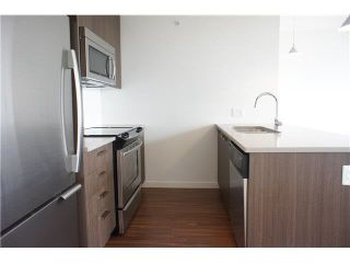 "Photo 6: 2707 13325 102A Avenue in Surrey: Whalley Condo for sale in ""ULTRA"" (North Surrey)  : MLS®# R2621622"