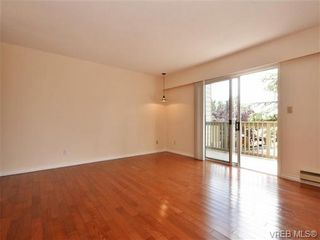 Photo 4: 19 3981 Nelthorpe St in VICTORIA: SE Swan Lake Row/Townhouse for sale (Saanich East)  : MLS®# 737341