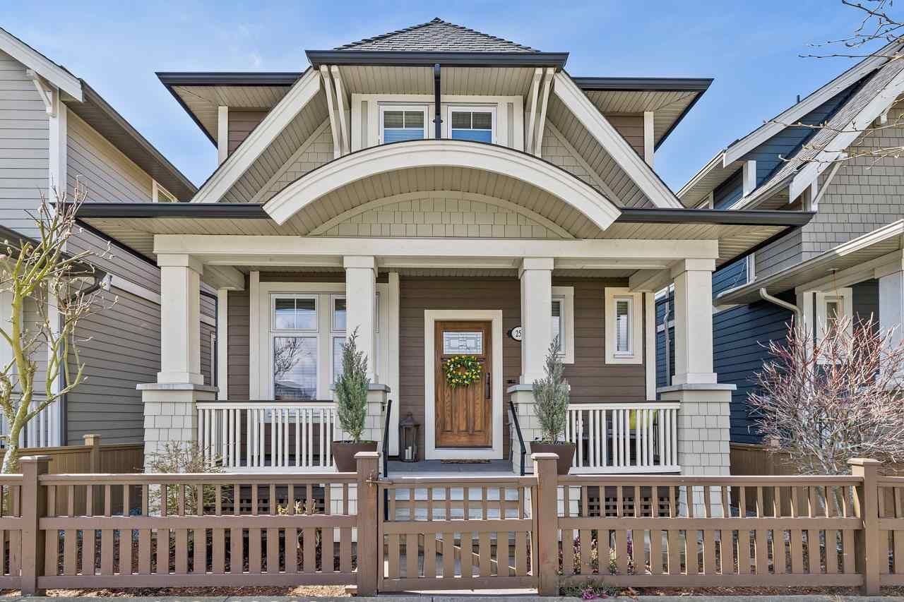 """Main Photo: 257 173 Street in Surrey: Pacific Douglas House for sale in """"Summerfield"""" (South Surrey White Rock)  : MLS®# R2573638"""