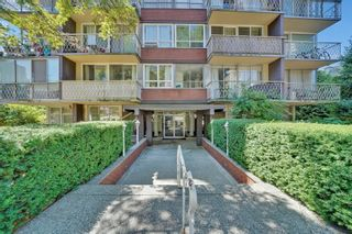 """Photo 2: 408 1100 HARWOOD Street in Vancouver: West End VW Condo for sale in """"MATINIQUE"""" (Vancouver West)  : MLS®# R2606423"""
