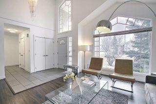 Photo 4: 369 BURTON Road in Edmonton: Zone 14 House for sale : MLS®# E4235367