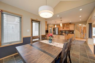 Photo 17: 227 LINDSAY Crescent in Edmonton: Zone 14 House for sale : MLS®# E4265520