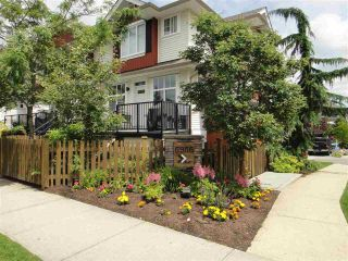 Photo 1: 67 6956 193 STREET in Surrey: Clayton Townhouse for sale (Cloverdale)  : MLS®# R2087455