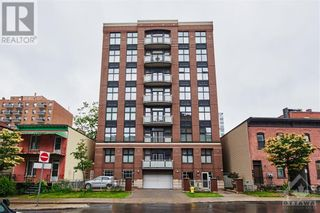 Photo 1: 144 CLARENCE STREET UNIT#8B in Ottawa: Condo for sale : MLS®# 1248178