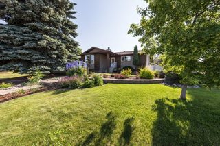 Photo 1: 1731 54 Street in Edmonton: Zone 29 House for sale : MLS®# E4253795