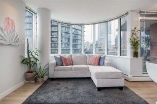 """Photo 4: 1005 688 ABBOTT Street in Vancouver: Downtown VW Condo for sale in """"Firenze II"""" (Vancouver West)  : MLS®# R2541367"""