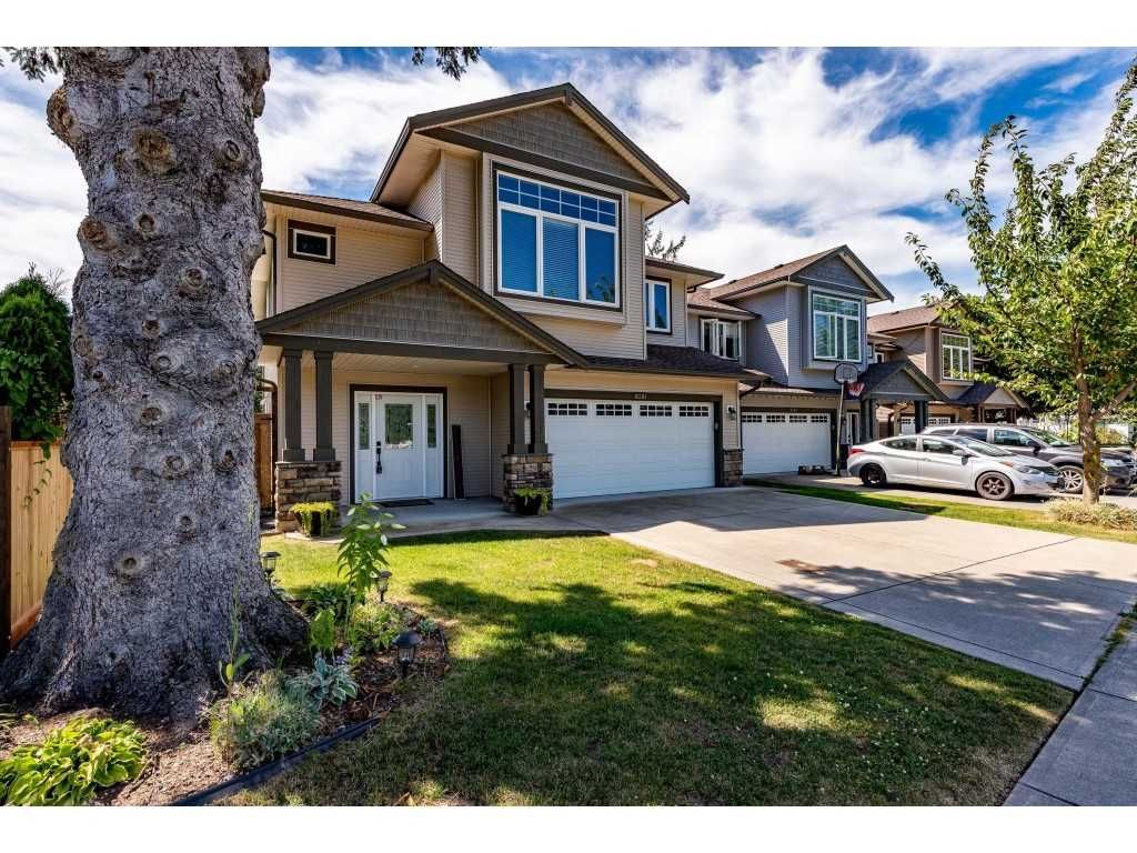 Main Photo: 6381 REID Road in Chilliwack: Sardis West Vedder Rd House for sale (Sardis)  : MLS®# R2480021