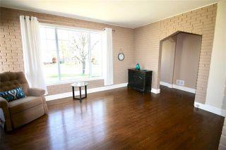 Photo 3: 260 Helmsdale Avenue in Winnipeg: East Kildonan Residential for sale (3D)  : MLS®# 1912944