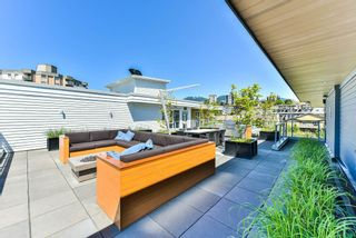 """Photo 2: 512 221 E 3RD Street in North Vancouver: Lower Lonsdale Condo for sale in """"ORIZON"""" : MLS®# R2276103"""