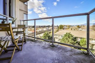"""Photo 9: 806 3455 ASCOT Place in Vancouver: Collingwood VE Condo for sale in """"QUEEN COURT"""" (Vancouver East)  : MLS®# R2445235"""