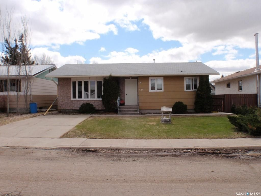 Main Photo: 424 6th Avenue East in Unity: Residential for sale : MLS®# SK852598