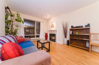 "Photo 2: 301 2195 W 5TH Avenue in Vancouver: Kitsilano Condo for sale in ""Hearthstone"" (Vancouver West)  : MLS®# R2427284"