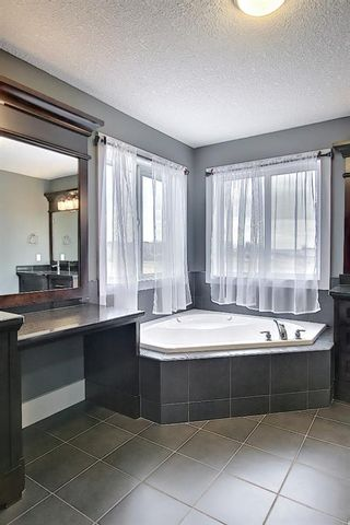 Photo 36: 167 COVE Close: Chestermere Detached for sale : MLS®# A1090324