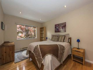 """Photo 9: 108 995 W 7TH Avenue in Vancouver: Fairview VW Townhouse for sale in """"OAKVIEW TOWNHOMES"""" (Vancouver West)  : MLS®# R2168359"""