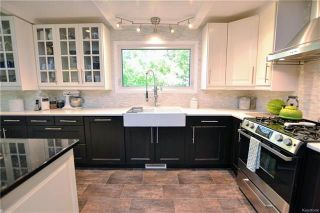Photo 6: 54 Barker Boulevard in Winnipeg: River West Park Residential for sale (1F)  : MLS®# 1816615