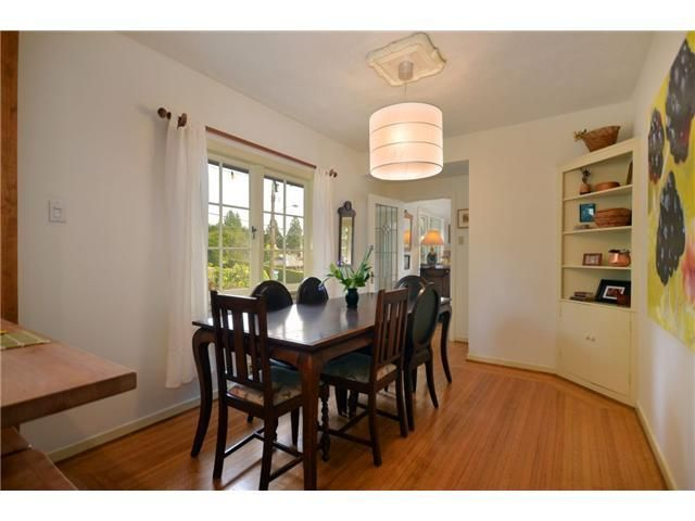 Photo 4: Photos: Mathers Avenue in West Vancouver: Dundarave House for rent