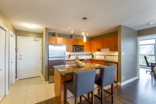 Photo 11: 902-2225 Holdom Ave in Burnaby: Condo for sale (Burnaby North)  : MLS®# R2463125