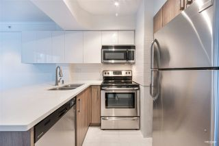 """Photo 11: 1508 1189 HOWE Street in Vancouver: Downtown VW Condo for sale in """"GENESIS"""" (Vancouver West)  : MLS®# R2528106"""