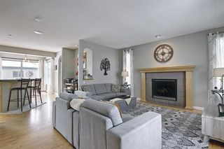 Photo 7: 51 Prestwick Street SE in Calgary: McKenzie Towne Detached for sale : MLS®# A1086286
